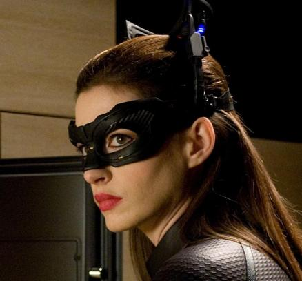 dark-knight-rises-catwoman-anne-hathaway-catwomen-1086516424