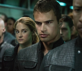 Shailene-Woodley-and-Theo-James-in-Divergent 2014-03-24 12-40-27 2014-03-24 12-40-30