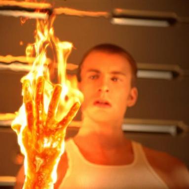 actor-Actor-Chris-Evans-interprentando-Antorcha-humana-pelicula-fantasticos