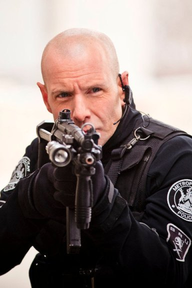 Hugh-Dillon-flashpoint-15937931-480-720